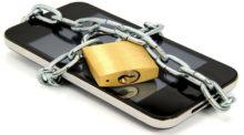 Rädda data iPhone låst telefon. På modeller fram till iPhone 4 kan vi låsa upp telefonen utan att ha tillgång till pin-koden. Nyare modeller är svårare.
